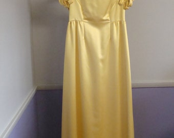 Vintage Gown Party Dress 50's Sleeve Detail Mustard Floor Length Beautiful Elegant Sophisticated Mary Sachs Chic Classic