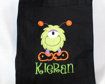 Halloween Trick or Treat Bag, Halloween Tote Bag, Personalized Trick or Treat Bag - Canvas Bag with Appliqued with One Eyed Monster