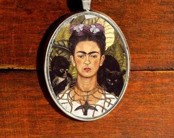 Frida Kahlo Necklace Frida Kahlo Self-Portait Necklace Frida Hummingbird Frida Kahlo Jewelry Feminist Necklace Frida KAhlo Pendant