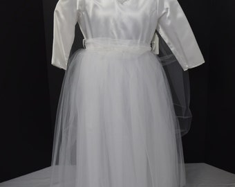 Children's Bride/Flower girl Dress/Costume with Tulle Veil