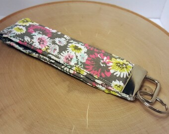 FREE SHIPPING - Wristlet Key Fob, Key Chain, Floral Fabric, Grey, Gray, Gift Under 10, Ready to Ship
