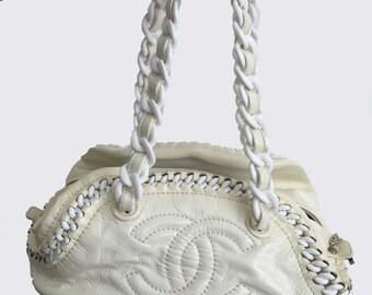 Vinyl Leather Chanel Handbag with Chain Strap