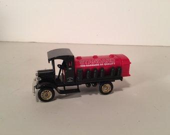 Lledo Chevron Standard Oil Antique Tank Truck