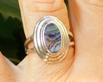Sterling silver abalone ring, abalone ring, large silver ring, abalone jewelry, vintage ring, sterling ring, ringsize 8, ring size 19