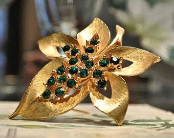 Vintage JJ Jonette Brooch Rhinestone Brooch Emerald Green Jonette Leaf Brooch 1960s 60s Mid Century Midcentury Designer Name Jewelry Brooch