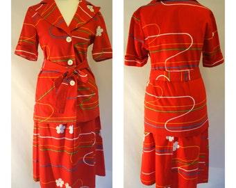 Flower Power / Vintage 1970's suit / red suit / novelty print / skirt & jacket / 2 piece / UK 8 / EUR 34 / US 2