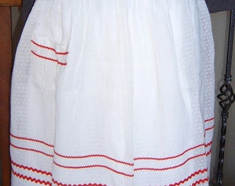 Vintage Swiss Dot Apron with Ric Rac Trim Made By Ever Ready California