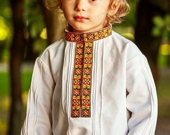 Ukrainian Embroidered Shirt for Boys / Traditional Hand embroidered Boy's shirt by OlenaMolchanova / Kids Shirt with Vintage Embroidary
