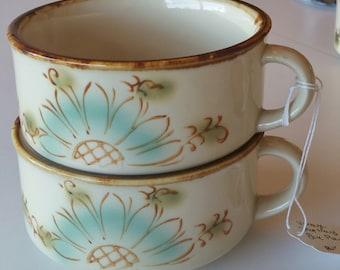 Vintage Retro Classic Stoneware Pale Blue Daisy Handled Soup Bowl Mug - Set of Two