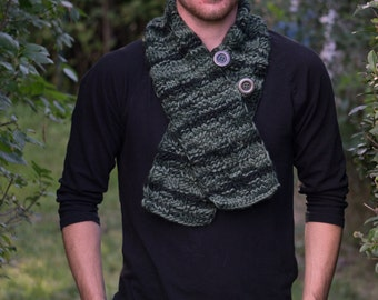 Handmade Knitted Green Buttoned Scarf. free shipping