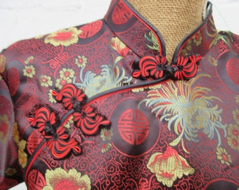 Chinese long dress , details neckline, details slit