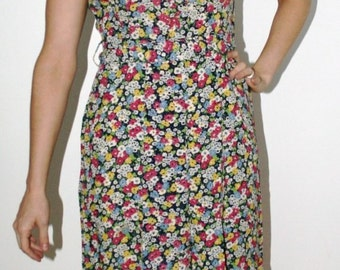 1930s or 1940s Fabulous Floral Swing Dress   20% off for Christmas