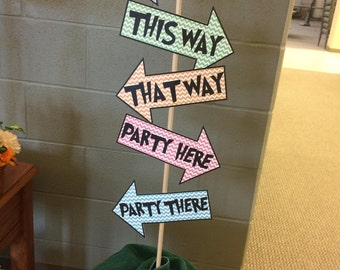 Dr. Seuss This Way That Way Sign Baby Shower