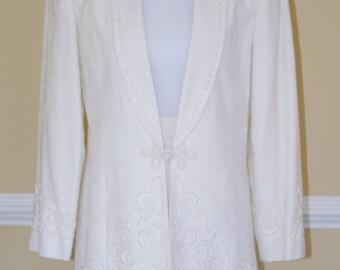 1980's Nolan Miller Suit/ White Skirt Suit/ Skirt Suit size 6/Dynasty Style/1980's Skirt Suit/ by Dorila