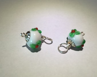 White Christmas Dangle with Red & Green Flowers