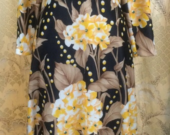 Black and Yellow 1970s Maxi Dress