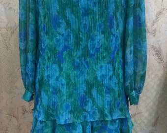 1980s Lisa Michaels Blue and Green Floral print Dress