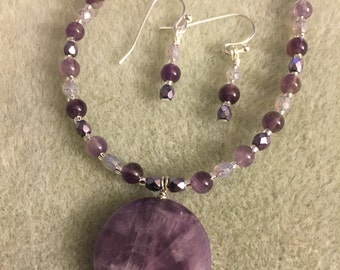 Light and Violet Necklace