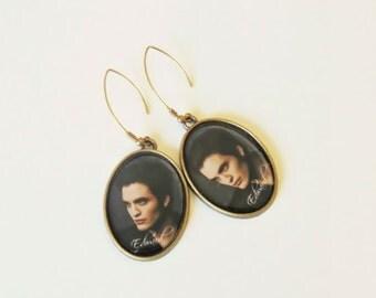 Edward Cullen,Twilight Saga, twilight's team edward, twilight saga jewelry, metal earrings, dangle earrings, long earrings, cullen, old gold