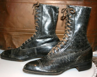Victorian Black Leather Boots//Ladies High Top Boots//Diamond Brand//Antique Lace Up Boots