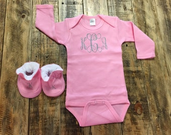 Personalized Long Sleeve Onesie, Monogram or Baby Name, Matching Beanie and Booties, Coming home outfit, Baby Shower Gift