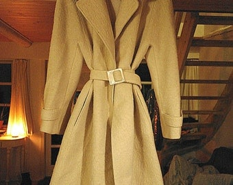 Vintage 1980's mohair coat with mink fur collar