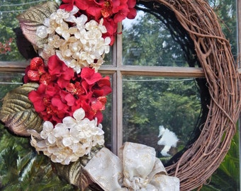READY TO SHIP, Christmas grapevine wreath, Red Hydrangeas, Champagne Hydrangeas, Holiday wreath