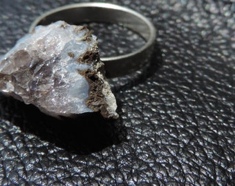 Raw Geode Ring in Touch