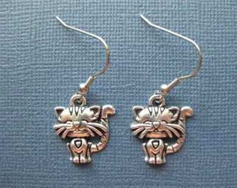 Cat Earrings - Dangle Earrings - Animal Earrings - Cat Jewelry - Cat Lover Jewelry -- E110
