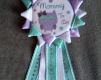 Owl Mommy to be Button Corsage