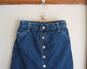 Vintage Button Front Denim Skirt Size 6X -- Vintage Kids Clothes -- Girls Vintage Denim Skirt -- Girls Vintage Skirt
