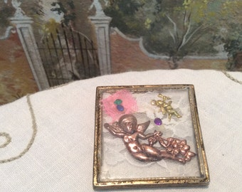 Charming Victorian Style Angel and Lace Glass Brooch