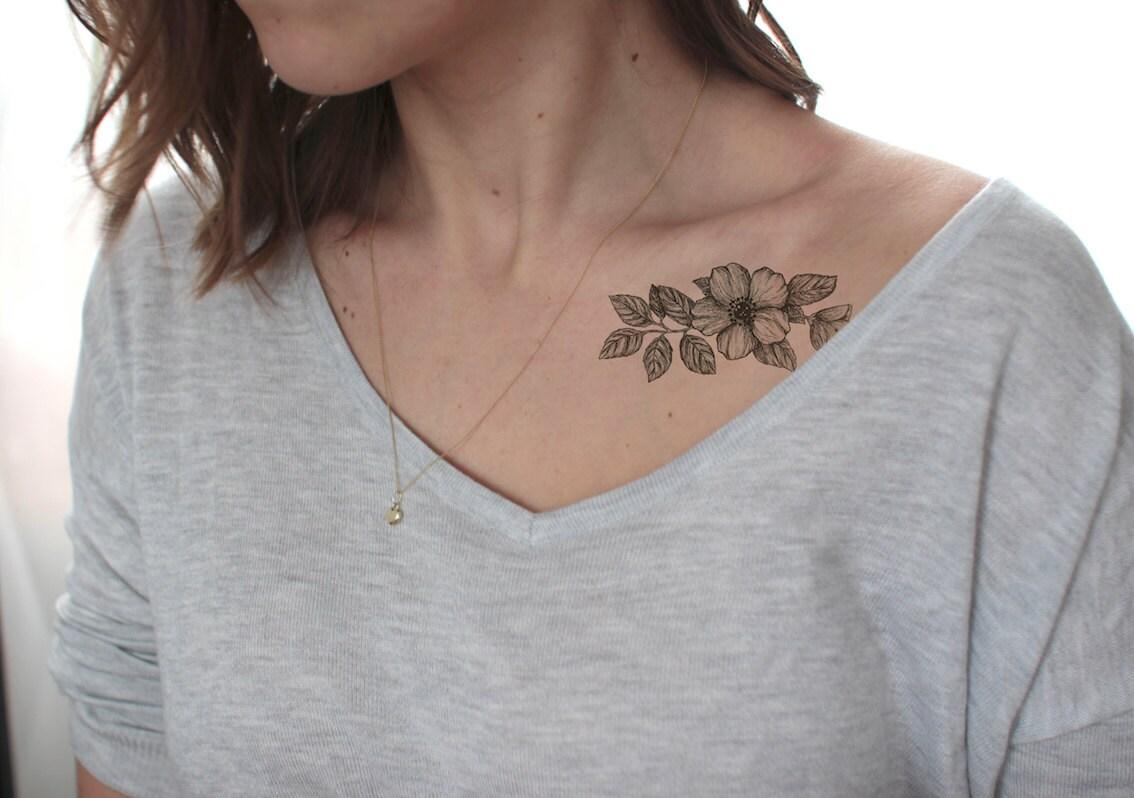 Tatouage fleur de cerisier noir et blanc galerie tatouage - Tatouage fleur noir ...