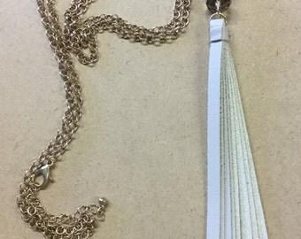 Three bead tassel chain