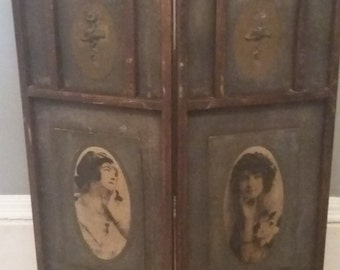 Vintage 1920's Decoupage Two Fold Screen Sepia Photo's