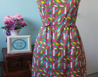 Serbin of Florida Bright Summer Vintage 60's Wiggle Dress With Pockets