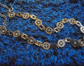 Necklace / 90s / Vintage/gold with Rhinestones / single