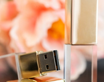 Gold crystal 16gb flash drive