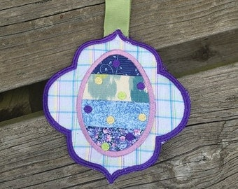 Hanging Easter Egg Towel Topper