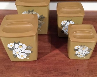 Vintage 1970s Brown set of Four (4) Retro Plastic Kitchen Canisters with White Floral Motifs / Retro Brown Flour Container / Container set