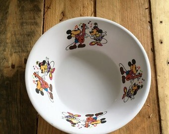 Vintage 1960s Disney Mickey and Minnie Mouse Fataco Melamine Bowl/ Retro Disney Mickey Mouse Melamine Ware Plastic Bowl