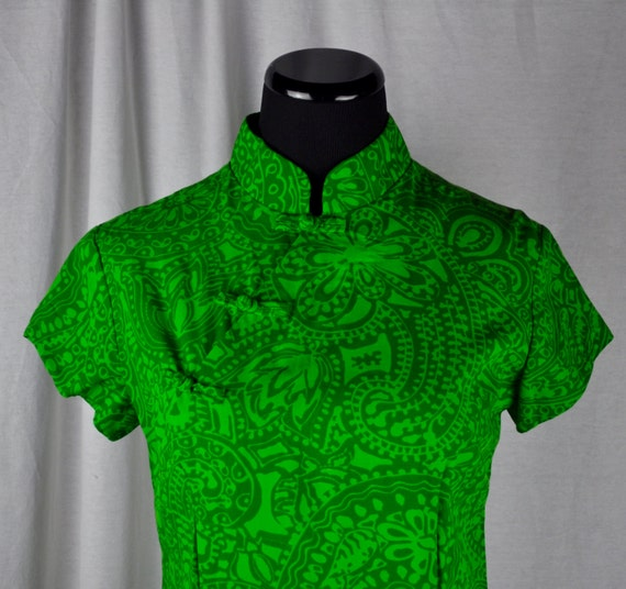 Vintage 1960s Modern Waltah Clarke's Hawaiian Bright Green Paisley Print Cotton Dress Sz 4