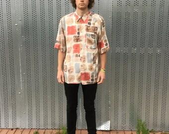 80s short sleeved mens vintage shirt. Viscose, size L. Emma Mari Theres. Indie Style.