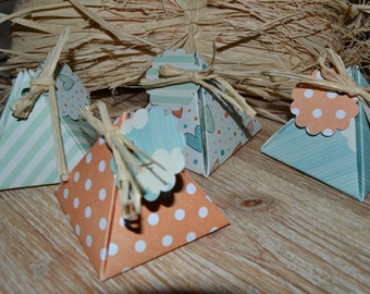 Boxes favors - soft, orange and blue green Theme