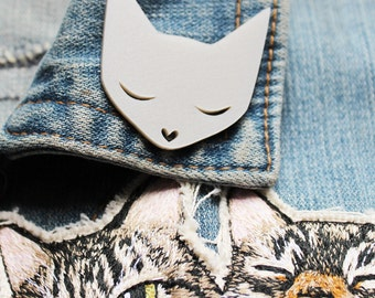 Cat Brooch -  pearl acrylic laser cut brooch pin badge platinum pearl pearlised pearlescent crazy cat lady