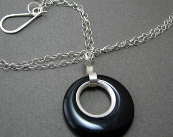 Inner Bezeled Round Circle Onyx Bead Extra Long Pendant Necklace