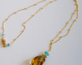 Quartz Pendant Necklace Apatite Gemstone Pendant Necklace Gold Filled Satellite Chain Gold Filled Gold Dangles Whiskey Quartz Jewelry