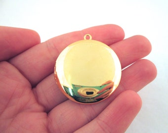 SALE 33mm Gold Plated Lockets Pick your amount, D69