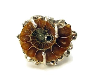 Fossil Ammonite  Ring,  Ammonite Ring, Large Ring, Circle Statement Ring,Fossil Ring, Stone in Stone Ring, Nautilus, Modern Cocktail Ring