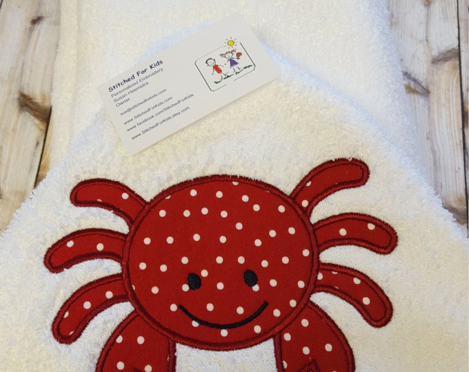 Crab Hooded Towel Personalized, Crabby Towel, Shoretime Towel, Crabby Child Towel